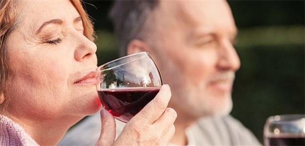 Weniger Alkohol, niedrigerer Blutdruck